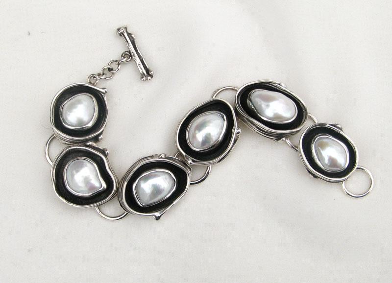 Fused Pearl Bracelet