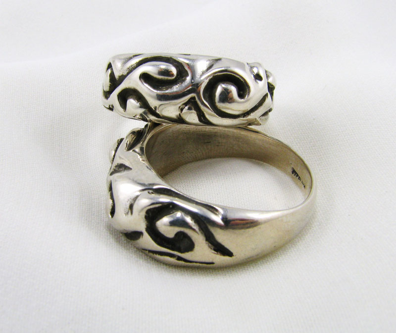 Large Vine Carved Ring